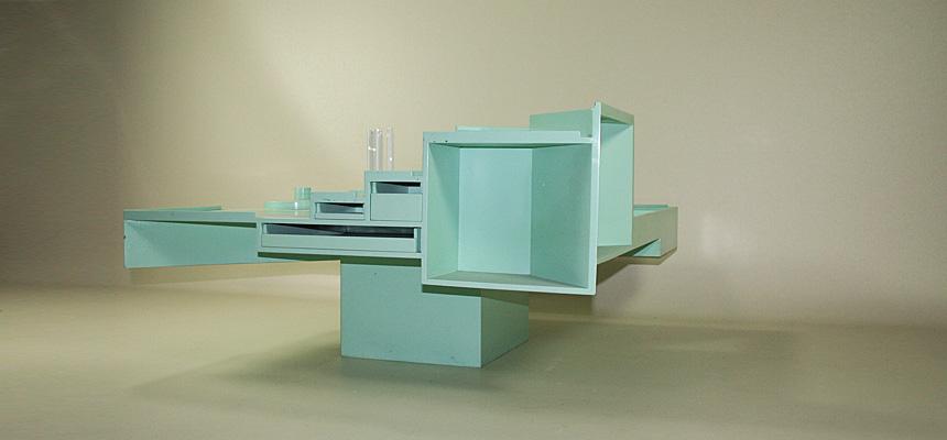 http://www.designersdraft.de/wp-content/uploads/Alison_and_Peter_Smithson_collectors_table_3.jpg