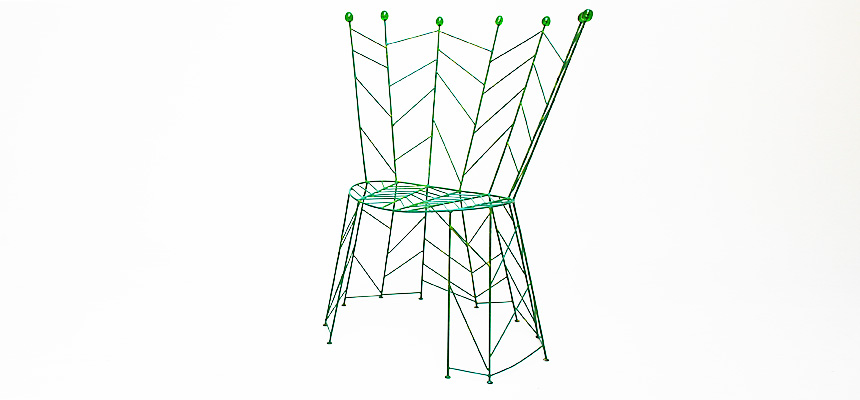 http://www.designersdraft.de/wp-content/uploads/Bohuslav_Horak_pupeny_chair_4.jpg