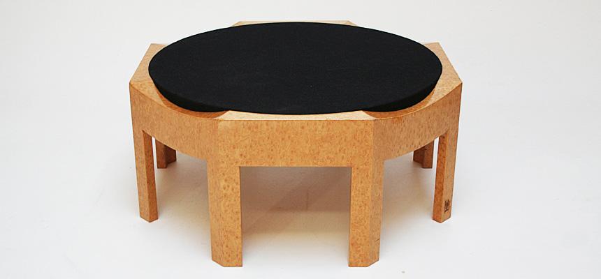 http://www.designersdraft.de/wp-content/uploads/Hans_Hollein_mitzi_table_1.jpg