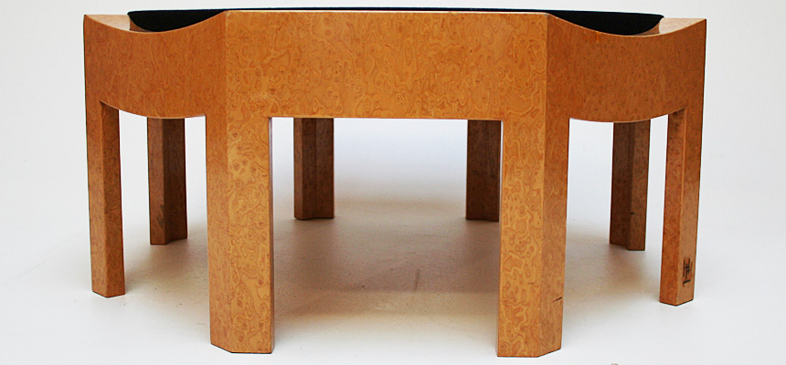 http://www.designersdraft.de/wp-content/uploads/Hans_Hollein_mitzi_table_2.jpg