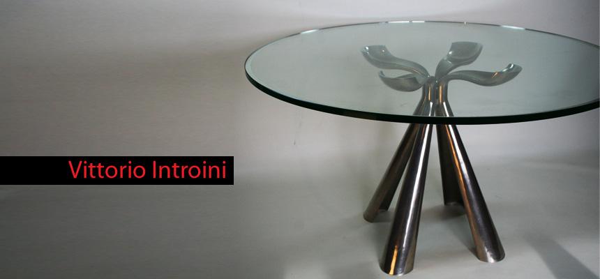 http://www.designersdraft.de/wp-content/uploads/Saporiti_Introini_front1.jpg