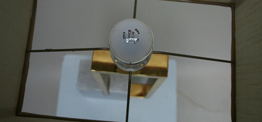http://www.designersdraft.de/wp-content/uploads/banci_firenze_table_lamp_4.jpg